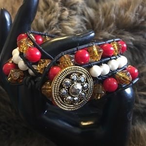 Handmade antique button leather beaded bracelet